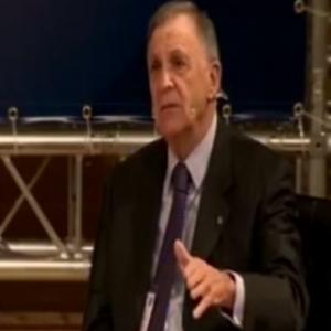 Mesa redonda: Seguridad jurídica e inversión internacional 3. Preside D. Didier Opertti Badán
