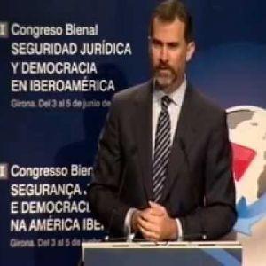Els convidem a seguir visualitzant vídeos d'aquest congrés al canal youtube de la Càtedra de Cultura Jurídica a través de la llista de preproducció del I Congrés Biennal de Seguretat Jurídica i Democràcia a Iberoamèrica, Girona 3, 4 i 5 de juny 2013